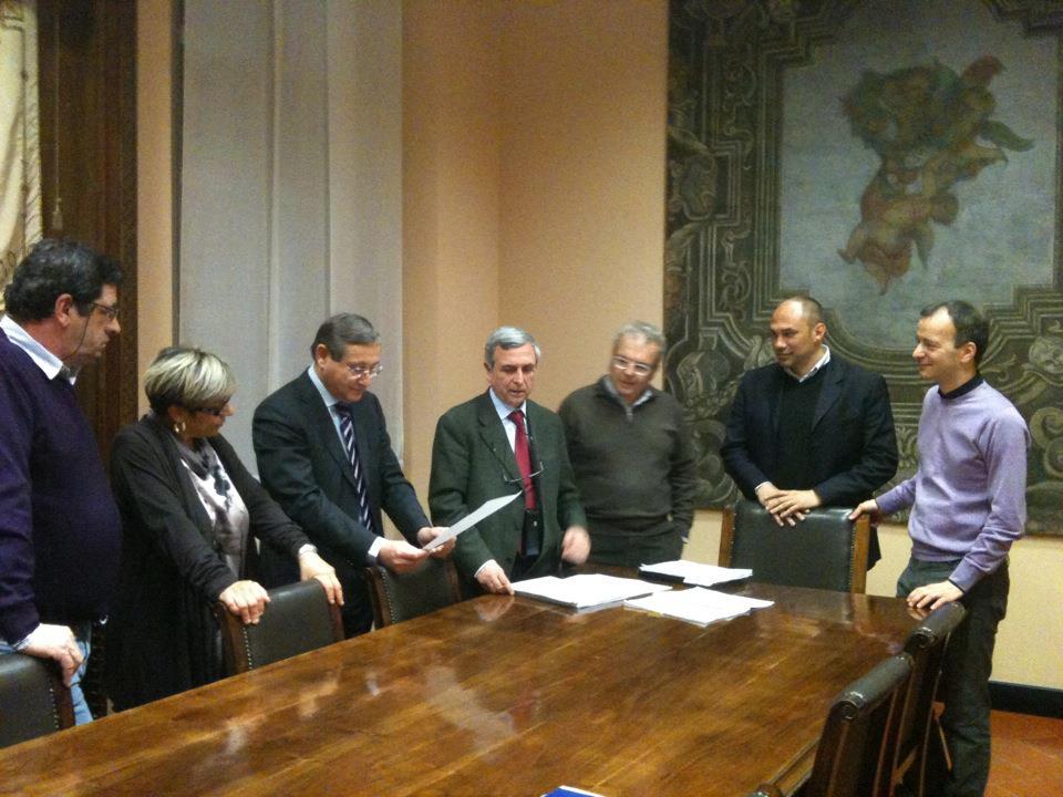 Firma della convenzione tra il Comune di Cernusco sul Naviglio e la Federazione nazionale di Hockey